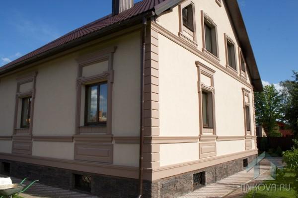 Архитектурная отделка фасадов домов