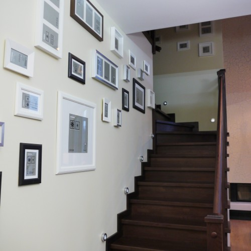 Дизайн лестницы в коттеже